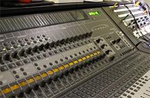 Una buona soluzione nell'affrontare il mix è ascoltare singolarmente le tracce audio.