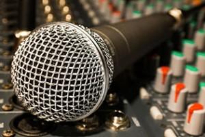 Attrezzare l'ambiente di registrazione è importante per rendere il suono asciutto e non dover intervenire in fase di missaggio.