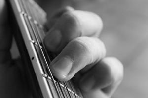 Chiedere gli occhi e aprite le orecchie: la scelta dello strumento giusto non deve farsi condizionare dal marchio.