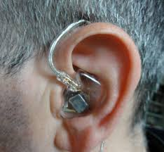 Gli in ear monitor offrono soluzioni elevate, sia nel contesto live che in studio.